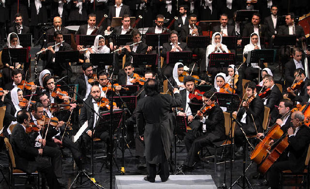 Women-of-Tehran-Symphony-Orchestra.jpg